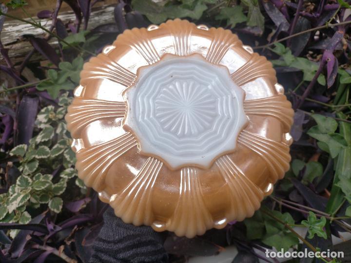 Antigüedades: 25,5 CM CARNIVAL OPALINA CRISTAL GLASS NACARADA BANDEJA REDONDA SEPARADAS APERITIVOS - Foto 4 - 254397630