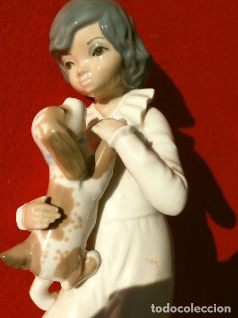 Antigüedades: Figura Niño con perro 22 cm - Porcelana Marca CASADES (estilo Lladro) - Foto 8 - 254425895