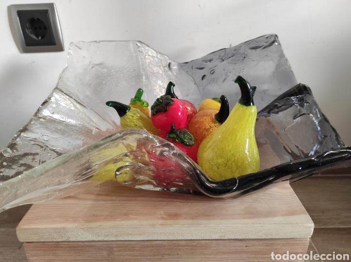 Antigüedades: Espectacular centro de mesa, con fruta y verduras, todas en cristal de Murano. Pieza única. - Foto 3 - 254430255