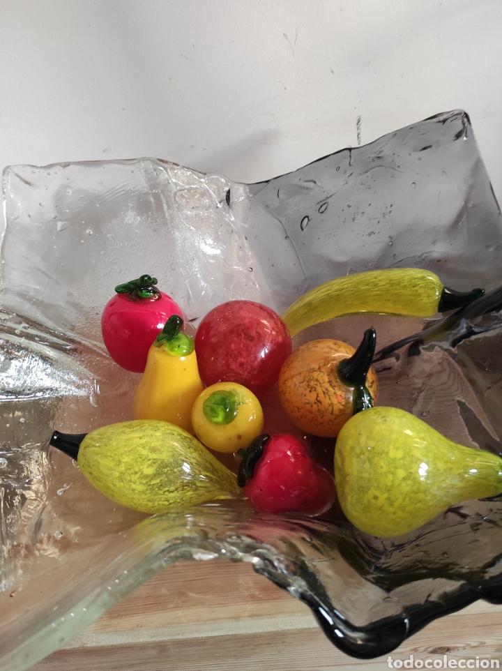 Antigüedades: Espectacular centro de mesa, con fruta y verduras, todas en cristal de Murano. Pieza única. - Foto 13 - 254430255