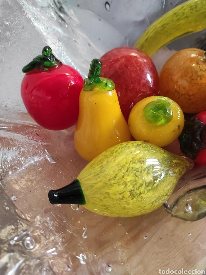 Antigüedades: Espectacular centro de mesa, con fruta y verduras, todas en cristal de Murano. Pieza única. - Foto 16 - 254430255