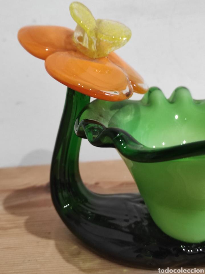 Antigüedades: Precioso cenicero en forma de flor, en cristal de Murano. - Foto 4 - 254433200