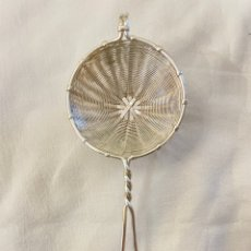 Antigüedades: MINI COLADOR PLATEADO. Lote 254503150