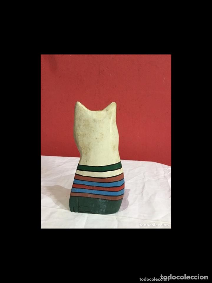 Antigüedades: Lote de 5 figuras antiguas gatos de madera pintados . Decoración antigua. Ver fotos - Foto 15 - 254549950