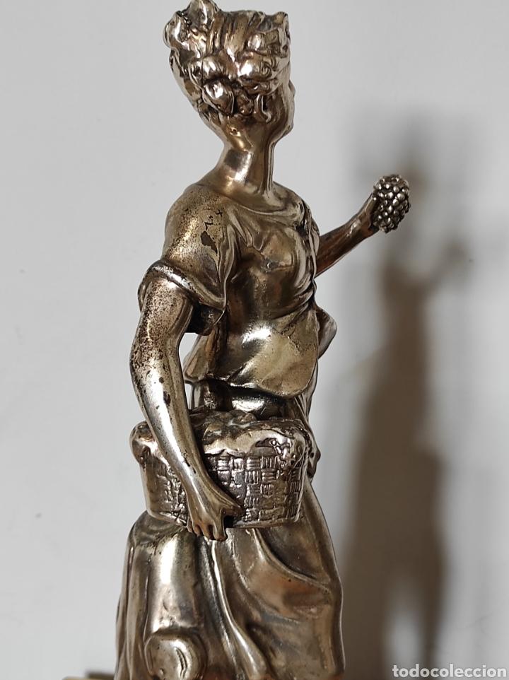 Antigüedades: Figura de dama bañada en plata, con base de mármol 34cm - Foto 5 - 254564320