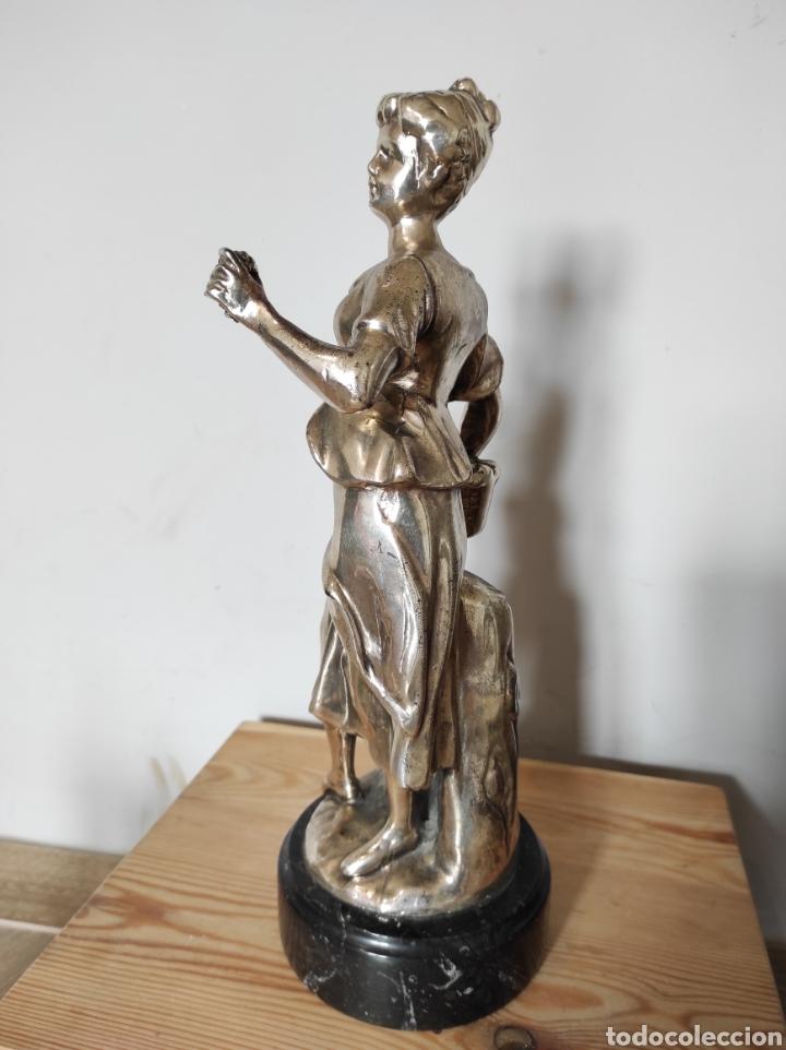 Antigüedades: Figura de dama bañada en plata, con base de mármol 34cm - Foto 8 - 254564320