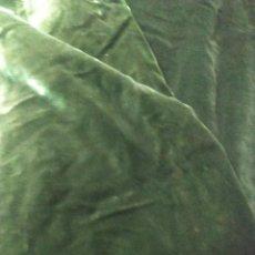 Oggetti Antichi: CORTINAS TERCIOPELO VERDE SIGLO XIX. Lote 254595575