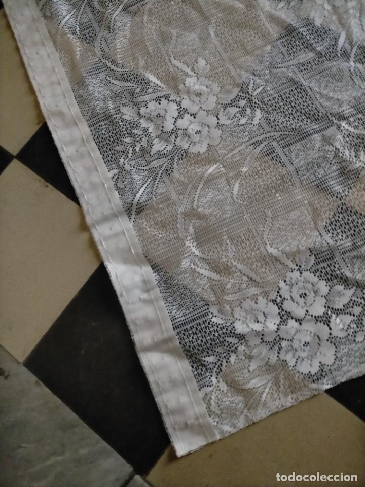 Antigüedades: GRAN ANTIGUA VINTAGE VISILLO ENCAJE CALADO 214X121 CORTINA PATA . BUEN ESTADO - Foto 10 - 254604975