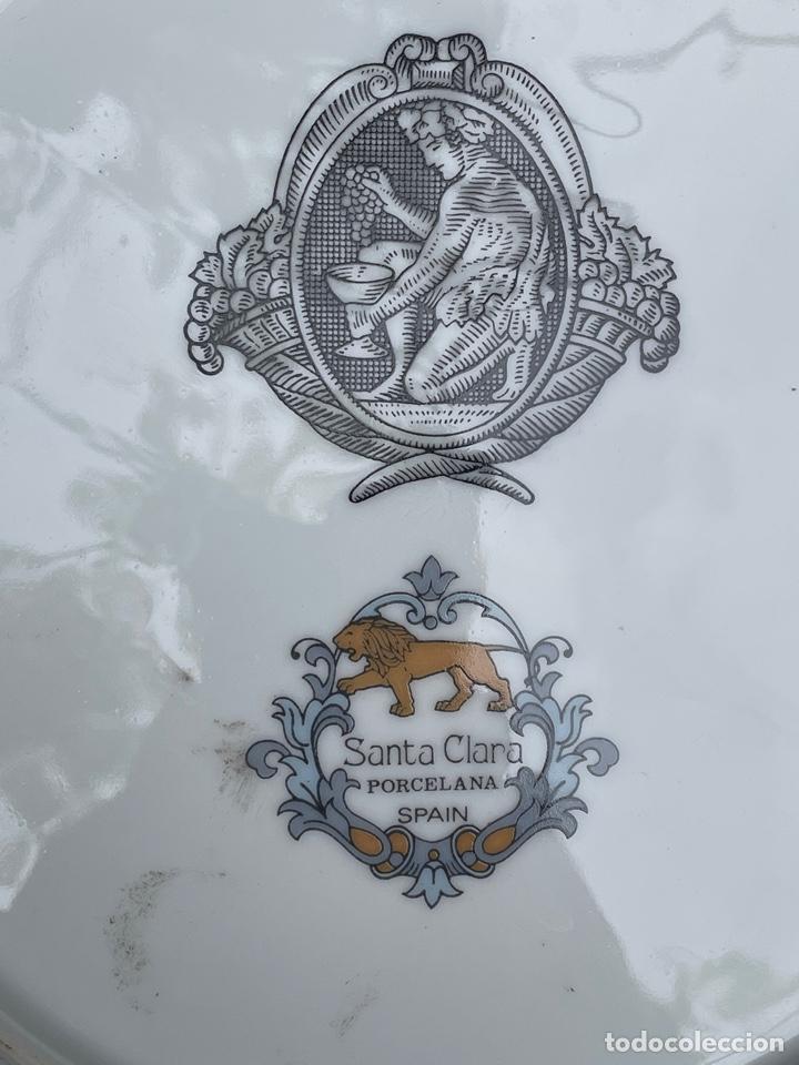 Antigüedades: CONJUNTO DE DOS PLATOS DE PORCELANA SANTA CLARA - Foto 5 - 254670420