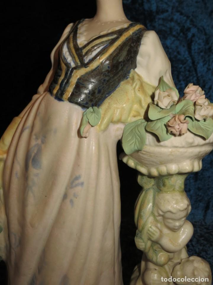 Antigüedades: Antigua figura cerámica Porcelana Artística Levantina mujer flores querubines 35 cm sello circa 1980 - Foto 12 - 254825780