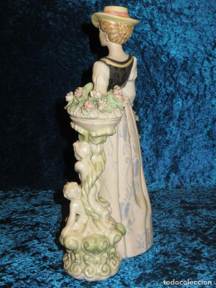 Antigüedades: Antigua figura cerámica Porcelana Artística Levantina mujer flores querubines 35 cm sello circa 1980 - Foto 18 - 254825780