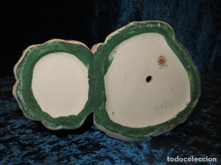 Antigüedades: Antigua figura cerámica Porcelana Artística Levantina mujer flores querubines 35 cm sello circa 1980 - Foto 19 - 254825780