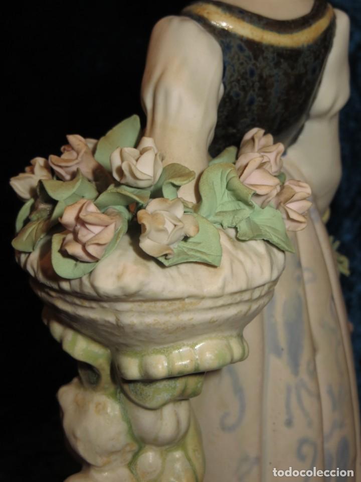 Antigüedades: Antigua figura cerámica Porcelana Artística Levantina mujer flores querubines 35 cm sello circa 1980 - Foto 23 - 254825780