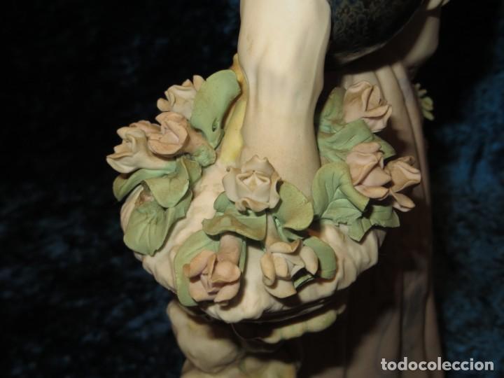 Antigüedades: Antigua figura cerámica Porcelana Artística Levantina mujer flores querubines 35 cm sello circa 1980 - Foto 24 - 254825780