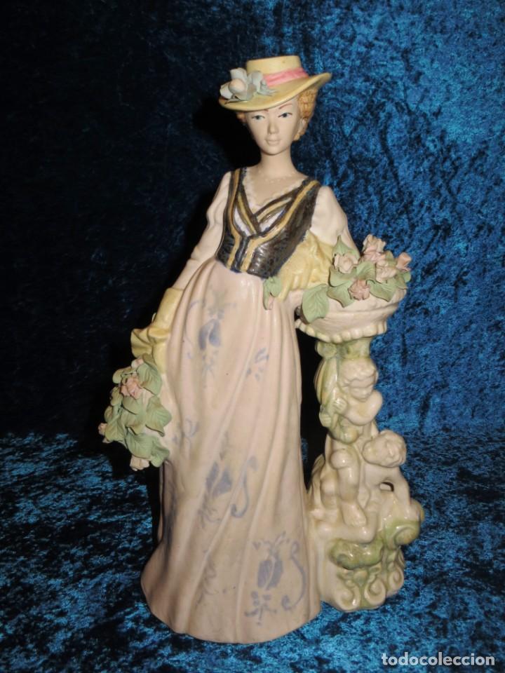 Antigüedades: Antigua figura cerámica Porcelana Artística Levantina mujer flores querubines 35 cm sello circa 1980 - Foto 29 - 254825780