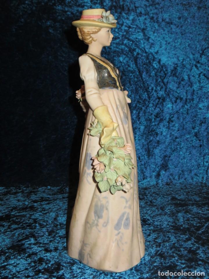 Antigüedades: Antigua figura cerámica Porcelana Artística Levantina mujer flores querubines 35 cm sello circa 1980 - Foto 34 - 254825780