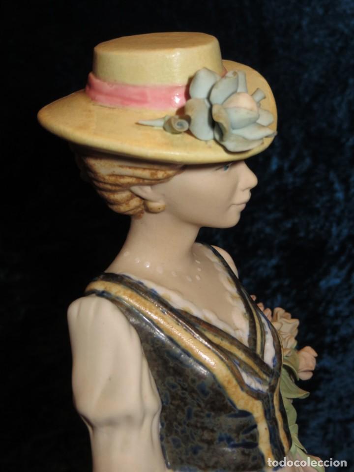 Antigüedades: Antigua figura cerámica Porcelana Artística Levantina mujer flores querubines 35 cm sello circa 1980 - Foto 35 - 254825780