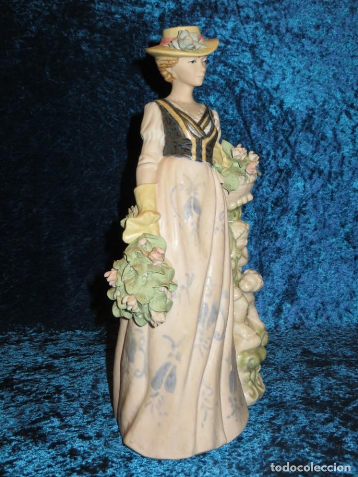 Antigüedades: Antigua figura cerámica Porcelana Artística Levantina mujer flores querubines 35 cm sello circa 1980 - Foto 36 - 254825780