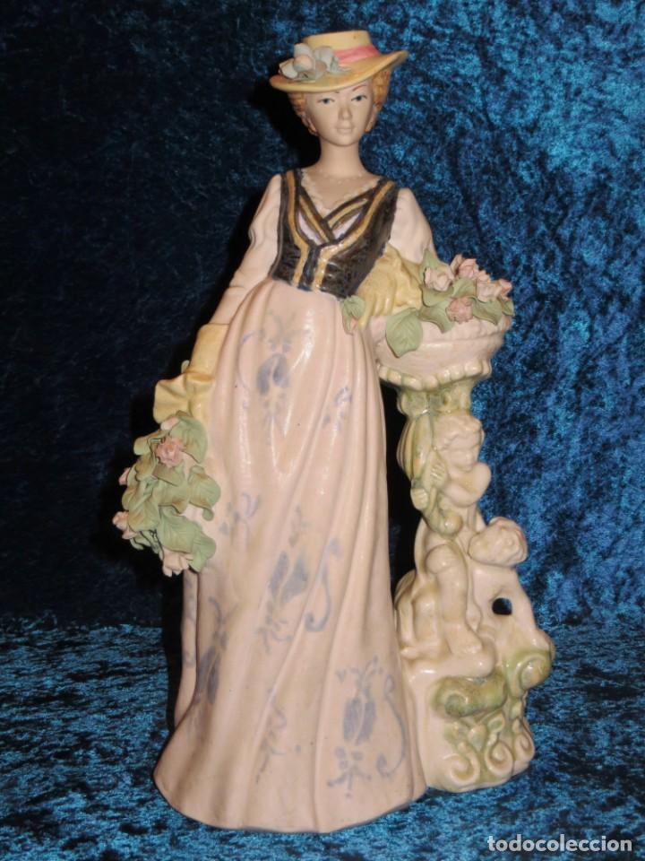 Antigüedades: Antigua figura cerámica Porcelana Artística Levantina mujer flores querubines 35 cm sello circa 1980 - Foto 41 - 254825780