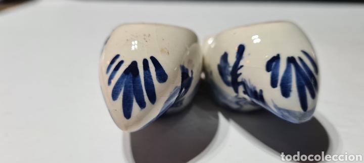 Antigüedades: Precioso par de zuecos de porcelana. DELFT. Holanda. - Foto 11 - 254904395