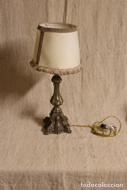 LAMPARA DE SOBREMESA DE BRONCE (Antigüedades - Iluminación - Lámparas Antiguas)