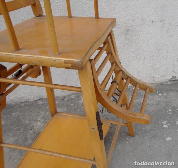 Antigüedades: Trona de niño o bebe, convertible en taca-taca con ruedas - Foto 7 - 254923690