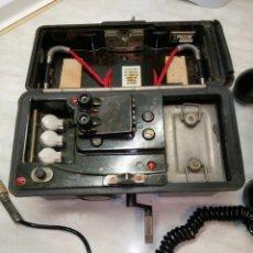 Antigüedades: TELEFONO DE CAMPAÑA - ALEMAN 1.973. PERFECTO ESTADO. DESCRIPCION Y FOTOS.. Lote 254948350