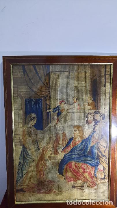 Antigüedades: tapiz enmarcado de siglo xviii - Foto 4 - 255004120