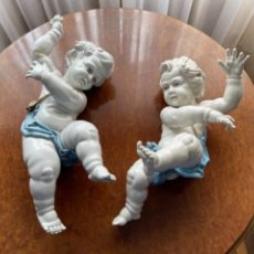 Antigüedades: DOS ANGELOTES DE PORCELANA ALGORA CALZÓN AZUL MIRA FOTOS Y DESCRIPCIÓN. Lote 255010315