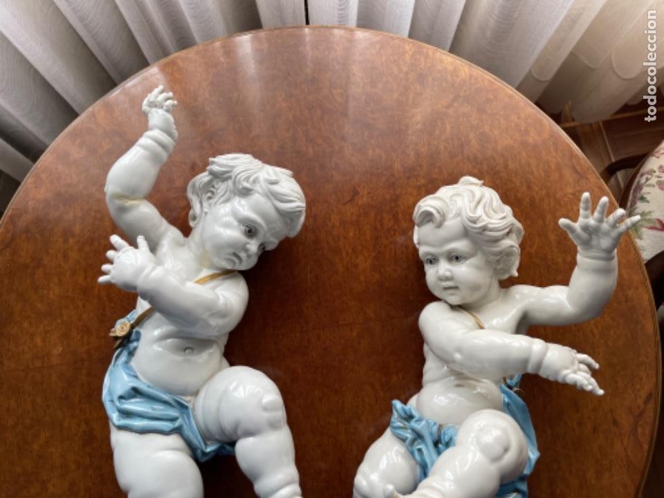 Antigüedades: DOS ANGELOTES DE PORCELANA ALGORA CALZÓN AZUL MIRA FOTOS Y DESCRIPCIÓN - Foto 5 - 255010315