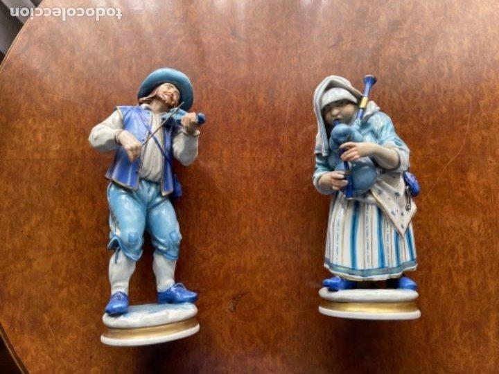 Antigüedades: DOS FIGURAS ALGORA MUSICOS SXIX EN AZUL BUEN ESTADO - Foto 2 - 255010670