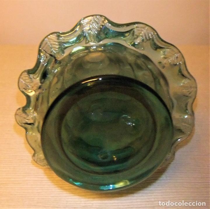 Antigüedades: ANTIGUA BOTELLA O JARRÓN DE CRISTAL SOPLADO PINZADO MALLORQUIN - Foto 8 - 255332640