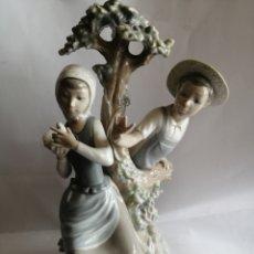 Antigüedades: MUY BONITA, FIGURA DE NAO. Lote 255365335