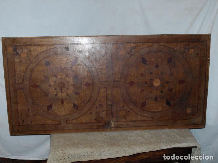 PUERTA DE BARGUEÑO. CHAPADO DE NOGAL TARACEADO. S XIX (Antigüedades - Muebles Antiguos - Bargueños Antiguos)