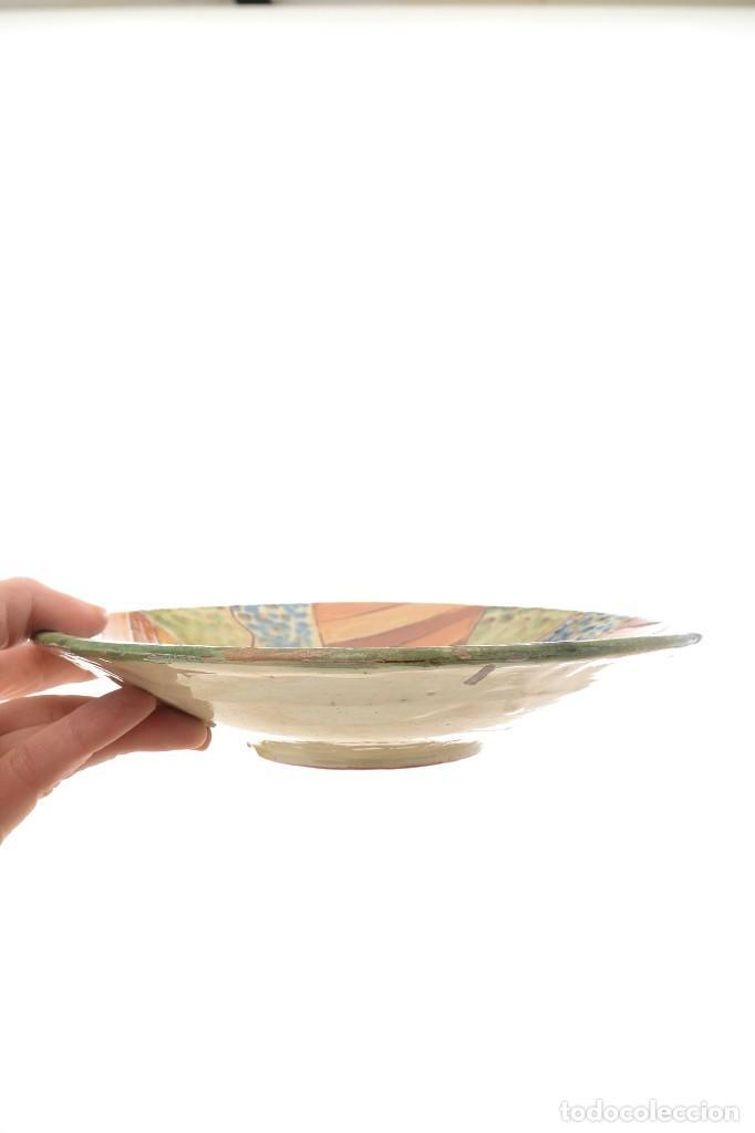 Antigüedades: Plato de cerámica tradicional catalana La Bisbal firmado Puigdemont - Foto 14 - 255404985
