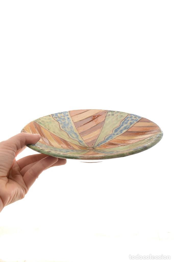 Antigüedades: Plato de cerámica tradicional catalana La Bisbal firmado Puigdemont - Foto 15 - 255404985
