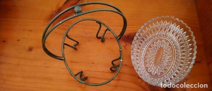 Antigüedades: PAREJA DE SALSERAS EN CRISTAL TALLADO Y METAL. 14 x 15 CMS. - Foto 5 - 255413460
