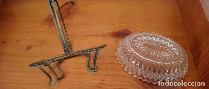 Antigüedades: PAREJA DE SALSERAS EN CRISTAL TALLADO Y METAL. 14 x 15 CMS. - Foto 7 - 255413460