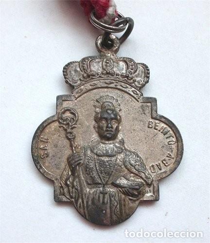 Antigüedades: Medalla de la Hermandad matriz de San Benito Abad. patrón de Castilblanco de los Arroyos (Sevilla) - Foto 2 - 255447645
