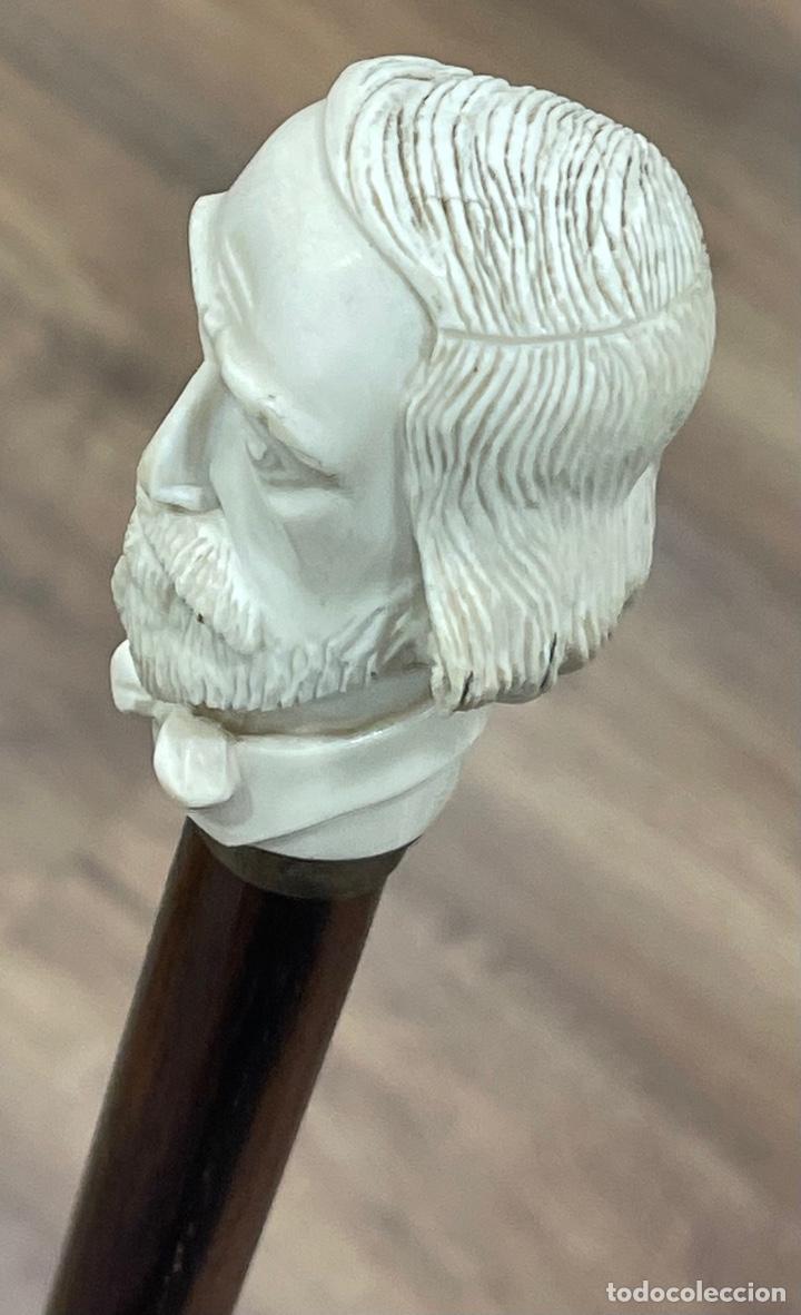 Antigüedades: Bonito bastón, con mango de marfil tallado, y vara en palosanto, o ébano de macassar. - Foto 11 - 255516500
