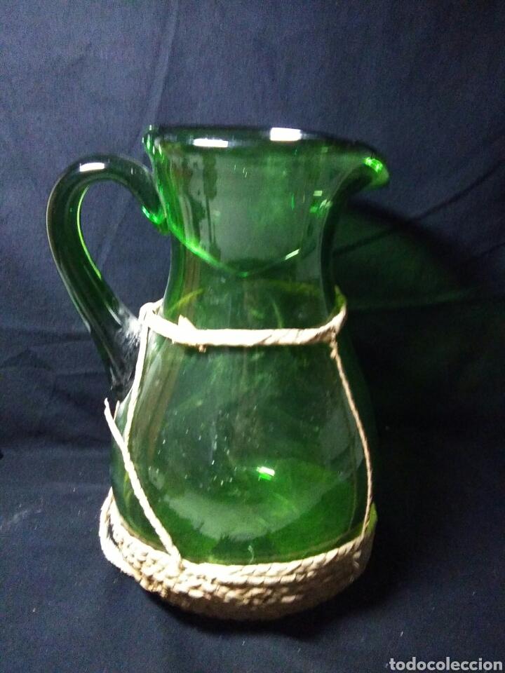 Antigüedades: Antiguo jarra de cristal siglo XIX ,vidreo verde , - Foto 7 - 255522285