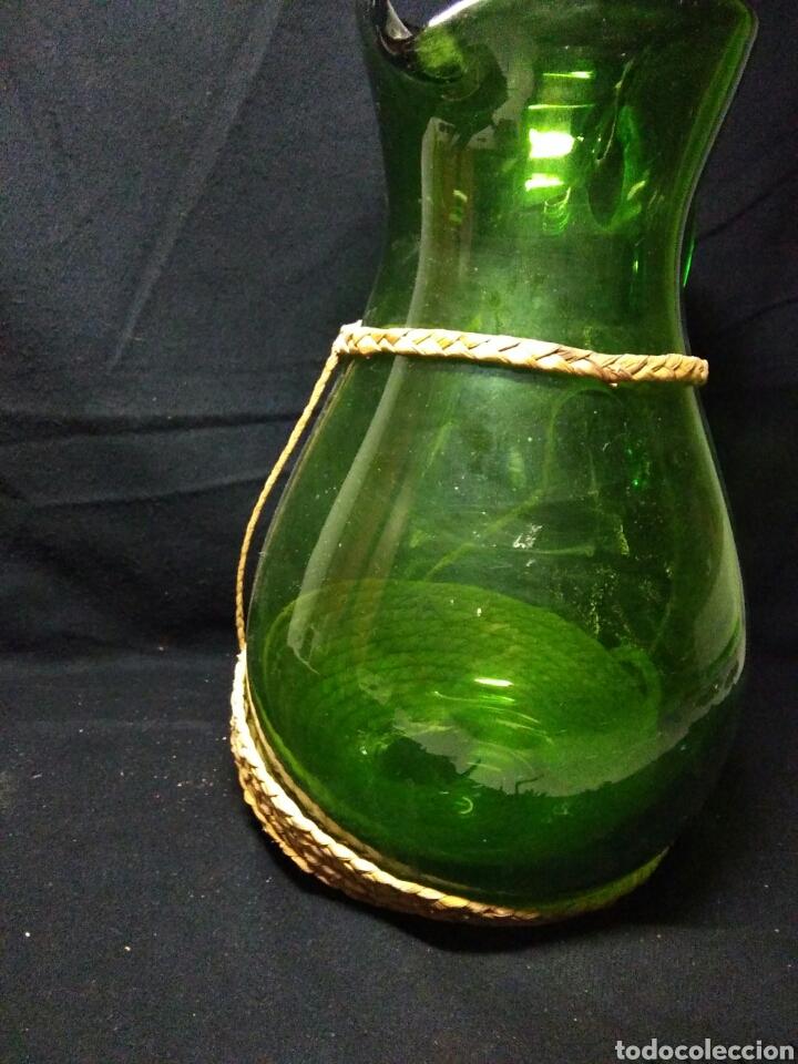 Antigüedades: Antiguo jarra de cristal siglo XIX ,vidreo verde , - Foto 9 - 255522285