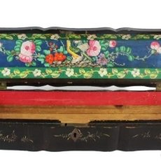 Antigüedades: CAJA PARA ABANICO. CHINA CA 1870. A WOODEN LACQUERED CASE FOR FAN. Lote 224976390