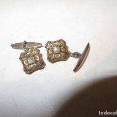 Antigüedades: ANTIGUOS GEMELOS PARA PUÑOS CAMISA BISUTERIA MUY BUENA DE LA EPOCA,BARATOS. Lote 255628585
