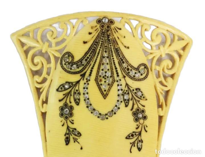 Antigüedades: Peineta horquilla en galalita y pedrería de cristal. Art Nouveau. 17x10cm teja 9x10cm - Foto 4 - 227267790