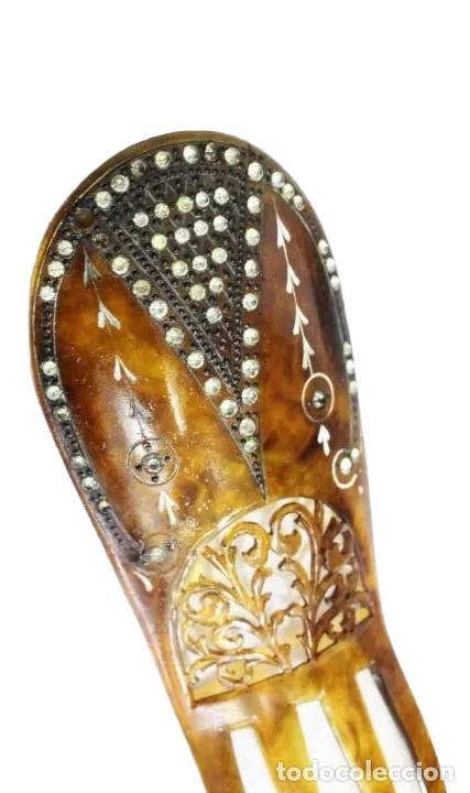 Antigüedades: Peineta en galalita y pedrería de cristal. Art Nouveau. 16x5.5cm Teja 9x5.5cm Algún cristal perdido - Foto 3 - 227267485