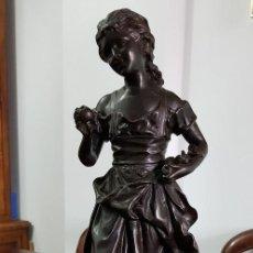 Antigüedades: DAMA CON FRUTA ERNEST RANCOULET (1870-1915). Lote 256012460