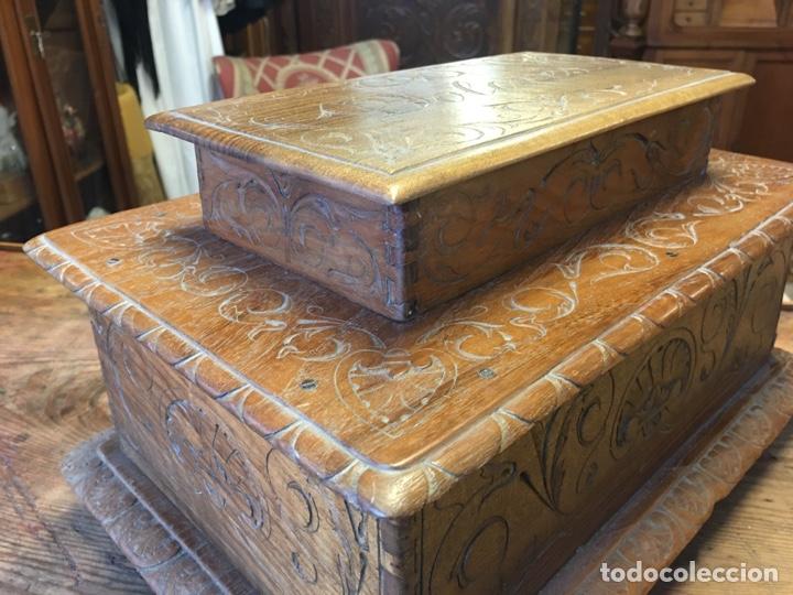 Antigüedades: Caja costurero o tocador antiguo f.s. XVIII en nogal tallado Dolores con pomo de hueso y espejo - - Foto 8 - 256026750