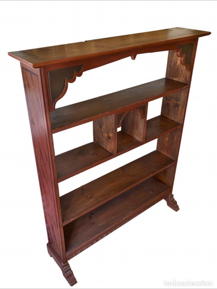 Antigüedades: Preciosa librería-estantería, réplica de la farmacia de Ainsa, 1,10 x 24x 1,30 - Foto 2 - 256045580