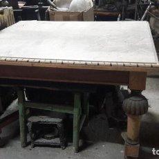 Antigüedades: MESA DE COMEDOR EXTENSIBLE. Lote 256075160